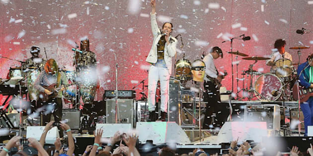 SYDNEY, AUSTRALIA - JANUARY 26:  Arcade Fire perform live for fans at the 2014 Big Day Out Festival on January 26, 2014 in Sydney, Australia.  (Photo by Mark Metcalfe/Getty Images)