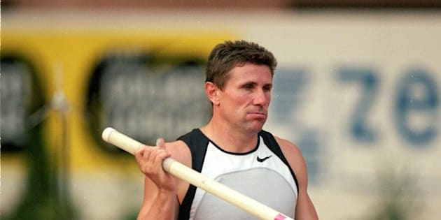 18 Aug 2000:  Sergey Bubka of the Ukraine in action in the Pole Vault during the Hercules Zepter IAAF Golden League meeting at the Stade Louis II in Monte Carlo, Monaco. \ Mandatory Credit: Phil Cole /Allsport