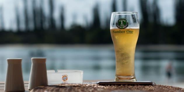 Bière Number One, LA bière locale, meilleure qu'une Kro ou qu'une Hinano, mais pas des masses exportée..