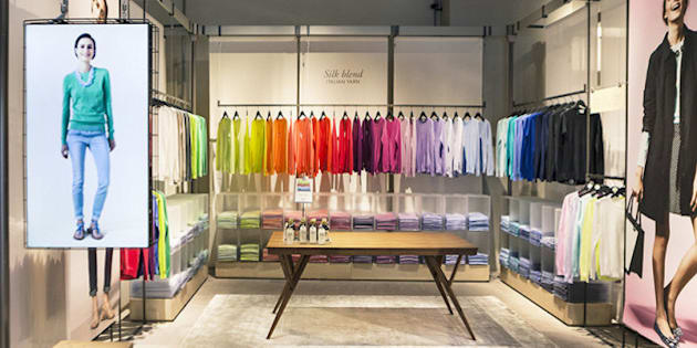 United colors of benetton inaugura on canvas il nuovo for Negozi arredamento padova