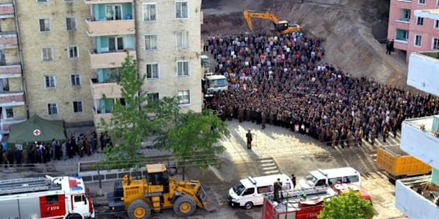 北朝鮮の高層マンション崩壊、な...