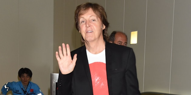 TOKYO, JAPAN - MAY 15:  Paul McCartney is seen upon arrival at Haneda Airport on May 15, 2014 in Tokyo, Japan.  (Photo by Jun Sato/GC Images)