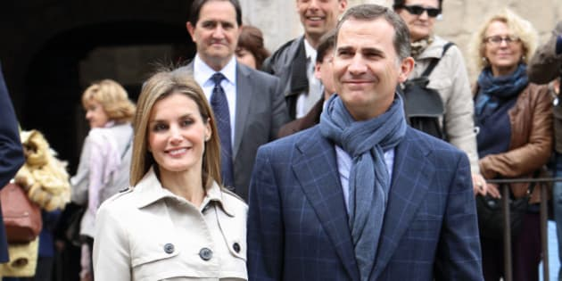 TOLEDO, SPAIN - MAY 22:  Princess Letizia of Spain and Prince Felipe of Spain celebrate their 10th Wedding Anniversary visiting 'El Greco' exhibition at the 'Santa Cruz' museum on May 22, 2014 in Toledo, Spain.  (Photo by Pablo Cuadra/WireImage)