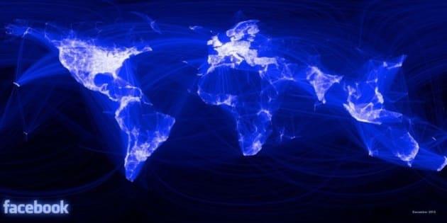 """Más aquí <a href=""""http://www.clasesdeperiodismo.com/2010/12/14/visualizacion-de-las-conexiones-en-facebook/"""" rel=""""nofollow"""">www.clasesdeperiodismo.com/2010/12/14/visualizacion-de-la...</a>"""