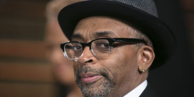 Spike Lee arrives to the 2014 Vanity Fair Oscar Party on March 2, 2014 in West Hollywood, California. AFP PHOTO/ADRIAN SANCHEZ-GONZALEZ        (Photo credit should read ADRIAN SANCHEZ-GONZALEZ/AFP/Getty Images)