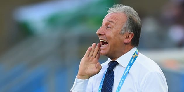 CUIABA, BRAZIL - JUNE 24:  Head coach Alberto Zaccheroni of Japan gestures during the 2014 FIFA World Cup Brazil Group C match between Japan and Colombia at Arena Pantanal on June 24, 2014 in Cuiaba, Brazil.  (Photo by Christopher Lee/Getty Images)