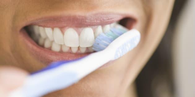Por qué irse a la cama sin lavarse los dientes es peor de lo que crees ea111434ece1