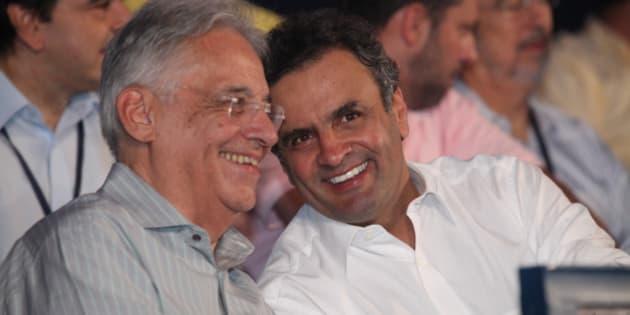 O senador Aécio Neves participou da convenção nacional do PSDB, em Brasília, que o conduzirá à presidência do partido. Aécio Neves estava acompanhado do ex-presidente da República, Fernando Henrique, do ex-presidente do PSDB, deputado federal Sérgio Guerra, dos governadores Geraldo Alckmin (SP), Antonio Anastasia (MG), Beto Richa (PR), Marconi Perillo (GO), Simão Jatene (PA), Teotônio Vilela (AL), Anchieta Júnior (RR) e Siqueira Campos (TO), do presidente do Instituto Teotônio Vilela, Tasso Jereissati, e do ex-governador José Serra.  Aécio Neves faz seu primeiro pronunciamento como presidente do PSDB em instantes.  Foto: George Gianni / PSDB