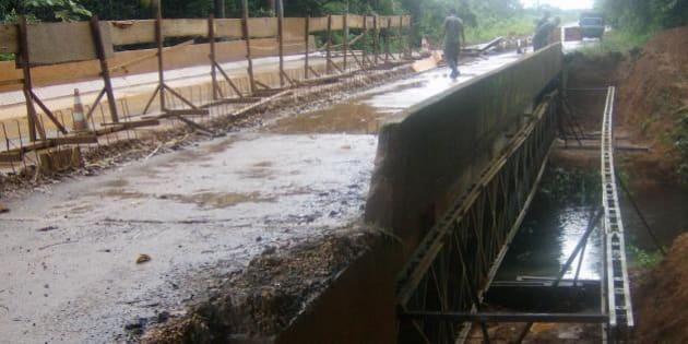 Ponte sobre o igarapé Preto na rodovia BR 319 no Amazonas.   Foto: Divulgação DNIT/Pugás (janeiro 2010)