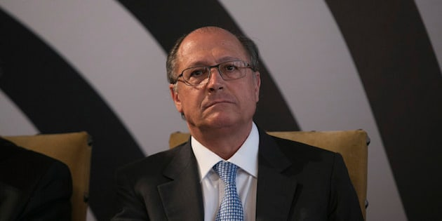 SAO PAULO, BRAZIL - MAY 22:  Sao Paulo Governor Geraldo Alckmin during the announcement of measures of the program Sao Paulo Against Crime at Bandeirantes Palace on May 22, 2013 in Sao Paulo, Brazil. (Photo by Adriana Spaca/Brazil Photo Press/LatinContent/Getty Images)