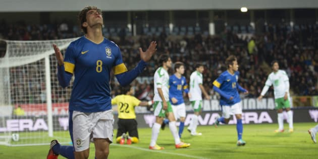 MALMÖ, SWEDEN - OCTOBER 10: Kaká of Brazil celebrates a goal during a FIFA friendly match between Brazil and Iraq at Swedbank Stadium on October 10, 2012 in Malmö, Sweden (Photo by Nils Jakobsson/LatinContent/Getty Images)