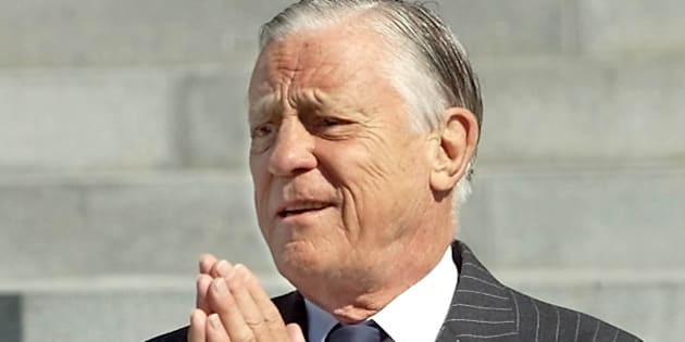 WASHINGTON, UNITED STATES:  Former Washington Post Executive Editor Ben Bradlee arrives at the Washington National Cathedral to attend the funeral service for former chairman and chief executive officer of The Washington Post Co. and former publisher of The Post, Katharine Graham 23 July, 2001 in Washington, DC. The elite of government, business, the arts and the media will pay tribute today to Graham who died from an accidental fall last week at the age of 84.   AFP PHOTO / TIM SLOAN (Photo credit should read TIM SLOAN/AFP/Getty Images)