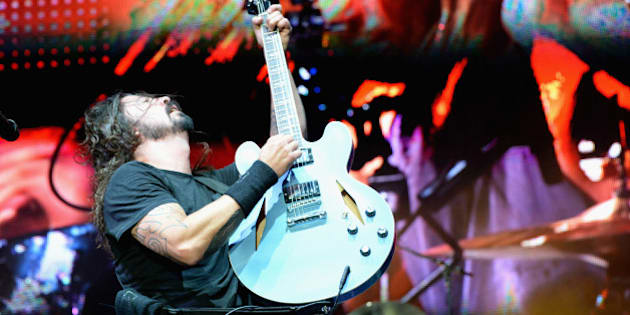 LAS VEGAS, NV - OCTOBER 26:  Musician Dave Grohl of Foo Fighters performs onstage during day 3 of the 2014 Life Is Beautiful Festival on October 26, 2014 in Las Vegas, Nevada.  (Photo by Jeff Kravitz/FilmMagic)