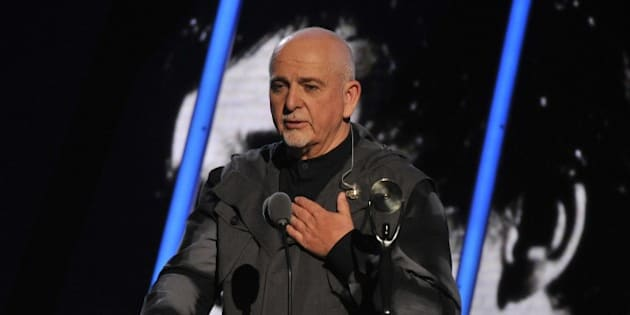 Hall of Fame Inductee Peter Gabriel speaks at the 2014 Rock and Roll Hall of Fame Induction Ceremony on Thursday, April, 10, 2014 in New York. (Photo by Charles Sykes/Invision/AP)