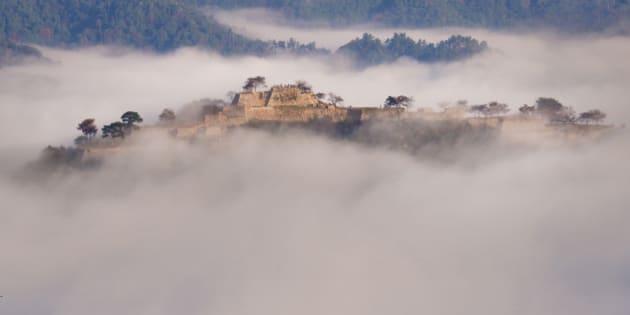 Japan, Kinki Region, Hyogo Prefecture, Asago - Hyogo, Takeda castle in foggy morning. (Photo by: JTB/UIG via Getty Images) (Photo by: JTB Photo/UIG via Getty Images)