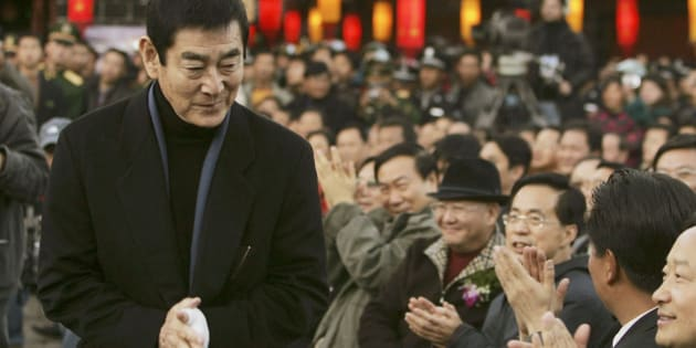 LIJIANG, CHINA - DECEMBER 16: (CHINA OUT) Japanese actor Ken Takakura attends the premiere of Chinese director Zhang Yimou's new movie 'Riding Alone for Thousands of Miles' on December 16, 2005 in ancient town Lijiang of Yunnan Province, China. (Photo by China Photos/Getty Images)