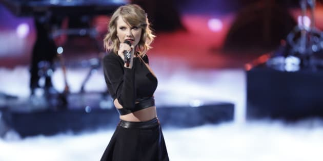 THE VOICE -- 'Live Show' Episode 715B -- Pictured: Taylor Swift -- (Photo by: Tyler Golden/NBC/NBCU Photo Bank via Getty Images)
