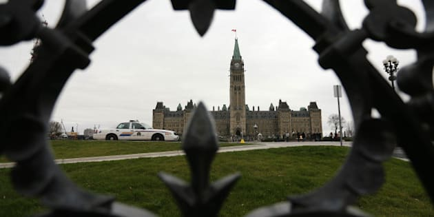 OTTAWA, ON - NOVEMBER 10:RCMP cars sit on Parliament Hill. Preparations are under way War Memorial on the eve of Remembrance Day.        (Steve Russell/Toronto Star via Getty Images)