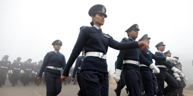 NEW DELHI, INDIA - DECEMBER 22: Indian Air Force contingent during rehearsal for the Republic Day parade at Rajpath on the cold and foggy morning on December 22, 2014 in New Delhi, India.  Dense fog reduced visibility to 50 metres. Due to poor visibility, 50 trains to the capital were delayed while 12 were rescheduled and one was cancelled. It was the coldest December 22 in the national capital in the past five years with minimum temperature recorded at 4.2 degrees Celsius. (Photo by Arun Sharma/Hindustan Times via Getty Images)