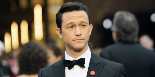 Joseph Gordon-Levitt arrives at the Oscars on Sunday, March 2, 2014, at the Dolby Theatre in Los Angeles.  (Photo by Chris Pizzello/Invision/AP)