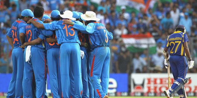 MUMBAI, INDIA - APRIL 02:  The Indian team huddle after the wicket of Thilan Samaraweera of Sri Lanka during the 2011 ICC World Cup Final between India and Sri Lanka at Wankhede Stadium on April 2, 2011 in Mumbai, India.  (Photo by Hamish Blair/Getty Images)