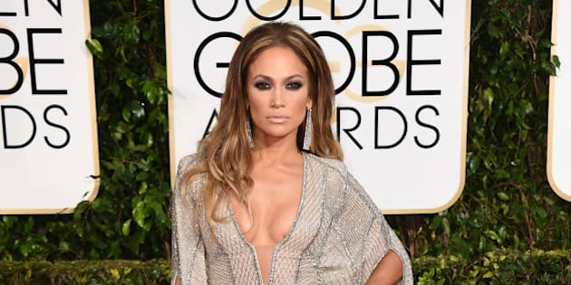 Jennifer Lopez arrives at the 72nd annual Golden Globe Awards at the Beverly Hilton Hotel on Sunday, Jan. 11, 2015, in Beverly Hills, Calif. (Photo by Jordan Strauss/Invision/AP)