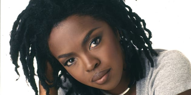Portrait of American pop and rhythm & blues musician Lauryn Hill, 1998. (Photo by Anthony Barboza/Getty Images)