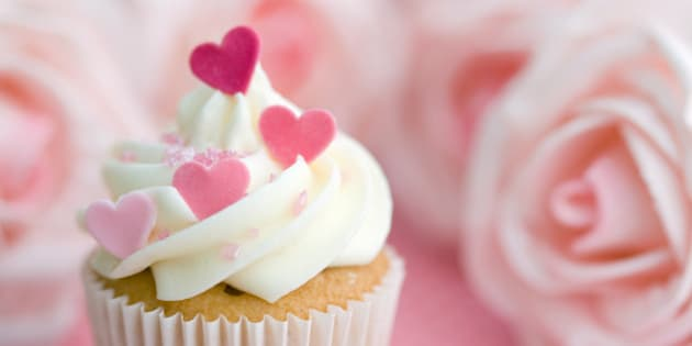 Valentine\'s Day Gifts For Her: 20 Ideas Your Woman Will Love