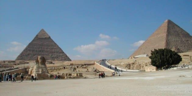 visione d'insieme con le Piramdi e la Sfinge