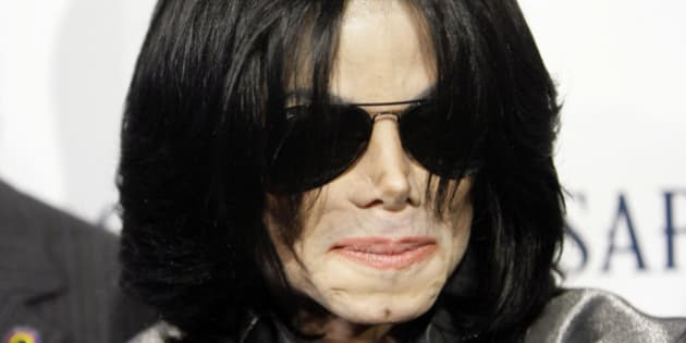 Pop star Michael Jackson poses on the red carpet during the RainbowPUSH Coalition Los Angeles 10th annual awards dinner celebrating Jesse Jackson's 66th birthday, on Thursday, Nov. 8, 2007 in Los Angeles.. (AP Photo/Danny Moloshok)