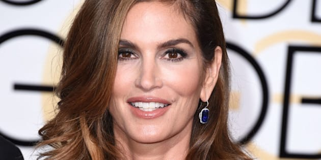 BEVERLY HILLS, CA - JANUARY 11:  Cindy Crawford arrives at the 72nd Annual Golden Globe Awards at The Beverly Hilton Hotel on January 11, 2015 in Beverly Hills, California.  (Photo by Steve Granitz/WireImage)