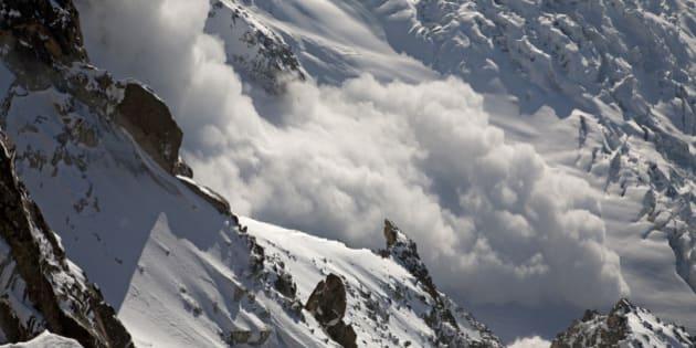 Huge Powder avalanche