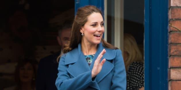 STOKE ON TRENT, ENGLAND - FEBRUARY 18:  Catherine, Duchess of Cambridge visits the Emma Bridgewater Factory on February 18, 2015 in Stoke on Trent, England.  (Photo by Samir Hussein/WireImage)