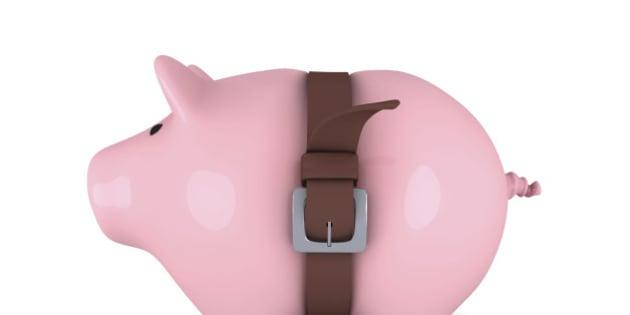 Piggy bank with belt tighten