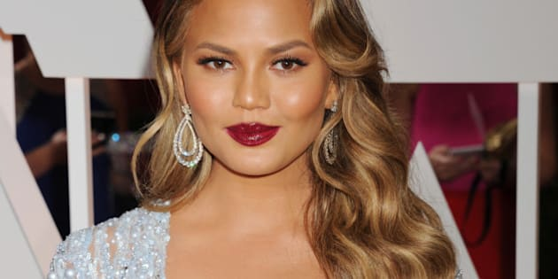 HOLLYWOOD, CA - FEBRUARY 22: Model Chrissy Teigen arrives at the 87th Annual Academy Awards at Hollywood & Highland Center on February 22, 2015 in Hollywood, California.(Photo by Jeffrey Mayer/WireImage)