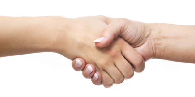 votre façon de serrer la main en dit long sur votre personnalité