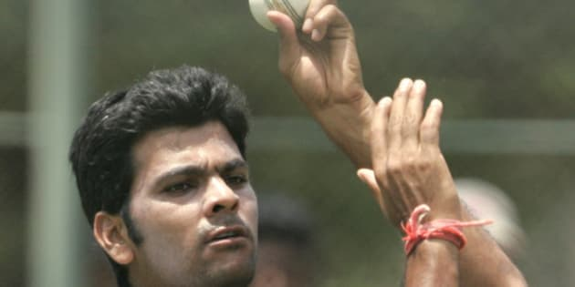 Indian bowler RP Singh delivers a ball during a practice session ahead of second One Day International i in five match series against Sri Lanka in Dambulla, Sri Lanka, Tuesday, Aug. 19, 2008. (AP Photo/Eranga Jayawardena)