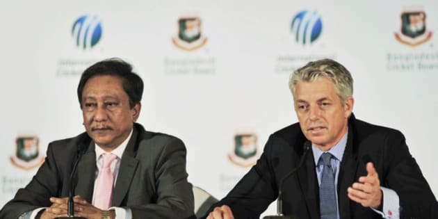 International Cricket Council (ICC) chief executive David Richardson, right, speaks as Bangladesh Cricket Board (BCB) President Nazmul Hassan looks on during a press conference in Dhaka, Bangladesh, Tuesday, Aug.13, 2013. The ICC has charged nine Bangladesh cricketers and officials with match-fixing and other related offences allegedly committed during this year's Bangladesh Premier League. (AP Photo)