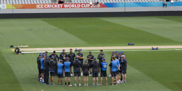 The New Zealand cricket team gather on the Eden Park pitch for a training session ahead of their Cricket World Cup semifinal against South in Auckland, New Zealand, Monday, March 23, 2015. New Zealand plays South Africa here Tuesday, March 24, 2015 in the first semifinal of the Cricket World Cup. (AP Photo/New Zealand Herald,Brett Phibbs)