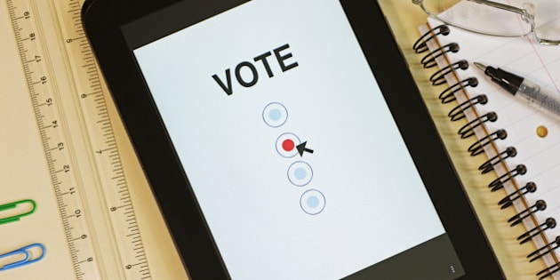 Internet voting, pad or tablet with electronic voting paper.