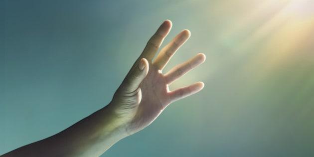 hand, reaching, glowing, light, glow, finger, fingers, blue, yellow, studio, studio background