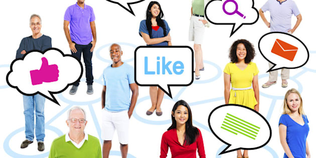 Group Of Multi-Ethnic People With Speech Bubbles Social Media Concept