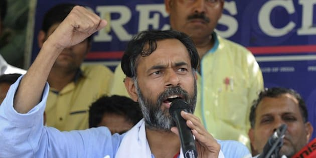 NEW DELHI, INDIA - MARCH 28: Aam Aadmi Party (AAP) senior leader Yogendra Yadav during a press conference after he removed from the National Executive of the party during the AAP's National Council meeting on March 28, 2015 in New Delhi, India. Bhushan alleged Kejriwal came fully prepared to 'kick us out' from the party and that a number of NC members, who supported him. Yadav said, 'I feel ashamed and saddened by what happened in a party that promised a different kind of politics.' Both accused chief Arvind Kejriwal and his loyalists of beating their supporters and using bouncers to drag them out and said the voting at the national council meeting was scripted. (Photo by Mohd Zakir/Hindustan Times via Getty Images)