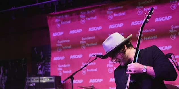 PARK CITY, UT - JANUARY 24:  Scott Weiland (L) and Jeremy Brown of Scott Weiland and the Wildabouts perform onstage at the ASCAP Music Cafe during the 2015 Sundance Film Festival on January 24, 2015 in Park City, Utah.  (Photo by Fred Hayes/Getty Images for Sundance)
