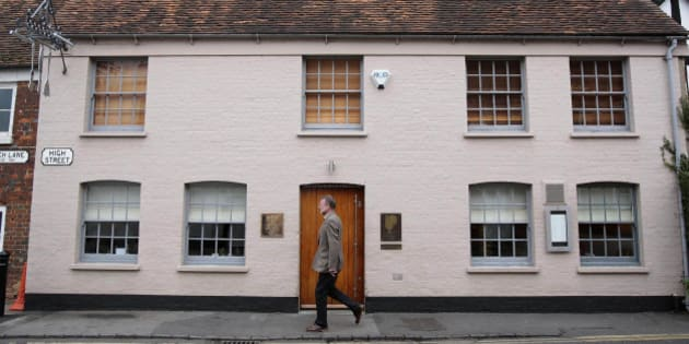 UNITED KINGDOM - NOVEMBER 09:  A pedestrian passes the Fat Duck restaurant in Bray, Berkshire, U.K., on Friday, Nov. 9, 2007. Heston Blumenthal is the chef-owner of Fat Duck.  (Photo by Carl Court/Bloomberg via Getty Images)