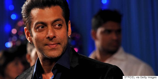 Indian Bollywood actor Salman Khan attends the BIG Star Entertainment Awards ceremony in Mumbai on December 18, 2013. AFP PHOTO/STR        (Photo credit should read STRDEL/AFP/Getty Images)