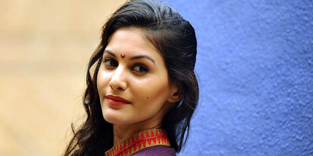 Indian Bollywood actress Amyra Dastur attends the Lakme Fashion Week (LFW) Winter/Festival 2013 in Mumbai on August 26, 2013. AFP PHOTO/STR        (Photo credit should read STRDEL/AFP/Getty Images)
