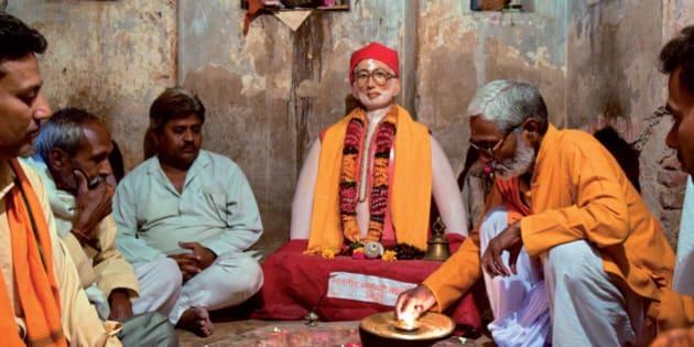 mgr vajpayee modi sonia gandhi pantheon of the political temples
