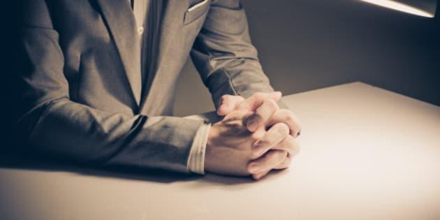 Tre cose che un buon capo non dovrebbe mai fare. Dallo spettegolare con i dipendenti al non voler sentire ragioni, gli errori commessi da un cattivo manager