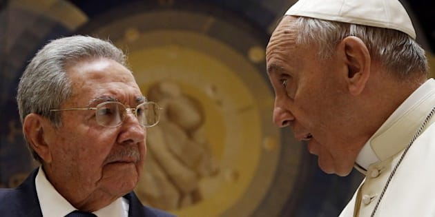 Pope Francis  (R) talks with Cuban President Raul Castro during a private audience at the Vatican on May 10, 2015. Cuban President Raul Castro arrived at the Vatican on Sunday to thank Pope Francis for his role in brokering the rapprochement between Havana and Washington. The first South American pope played a key role in secret negotiations between the United States and Cuba that led to the surprise announcement in December that they would seek to restore diplomatic ties after more than 50 years of tensions.  AFP PHOTO/POOL/GREGORIO BORGIA        (Photo credit should read GREGORIO BORGIA/AFP/Getty Images)